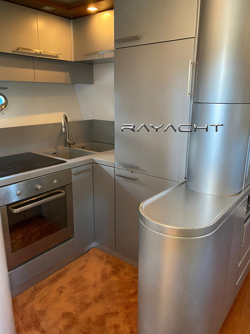 Rizzardi R 63 Top Line Rayacht