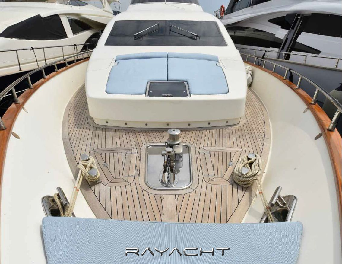 Amer 86 Rayacht